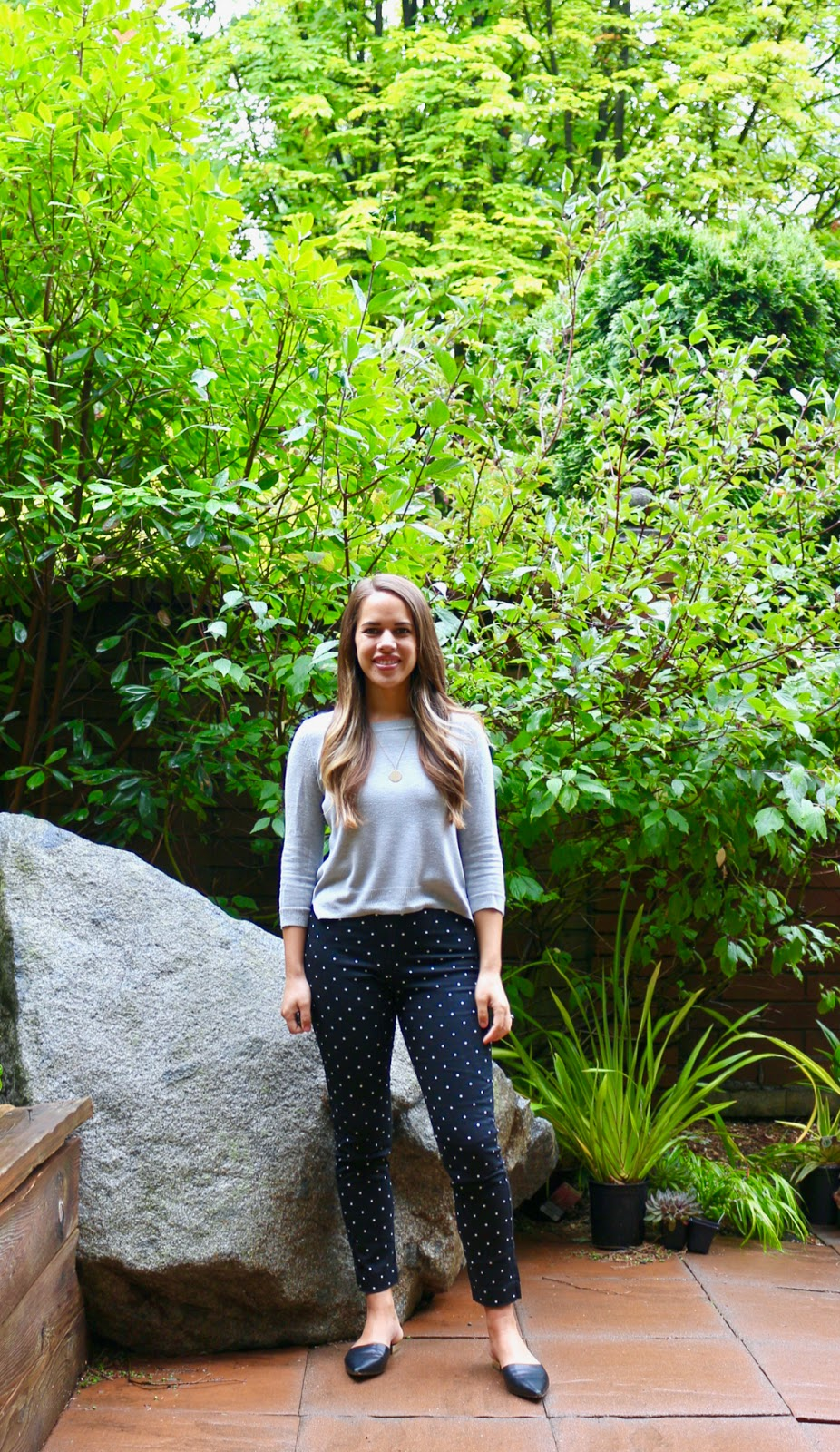 Jules in Flats -Old Navy High Rise Super Skinny Ankle Pants (Business Casual Spring Workwear on a Budget)