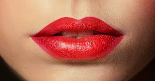 Cara Memakai Lipstik Agar Tampil Cantik Dan Tahan Lama0