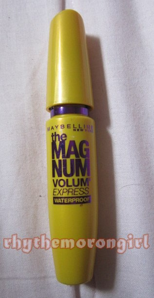 0dd424cf20b REVIEW: Maybelline the Magnum Volum'Express(waterproof black ...