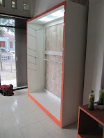 Etalase Pakaian - Custom Furniture Semarang