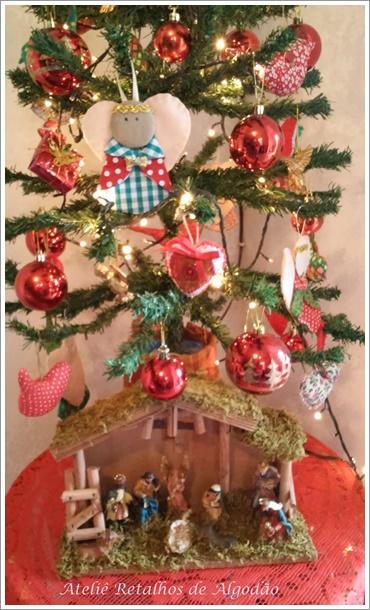 Decoração da minha árvore de natal com peças artesanais