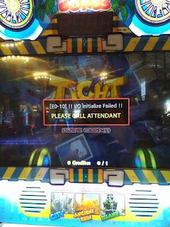 service komputer dan mesin game arcade