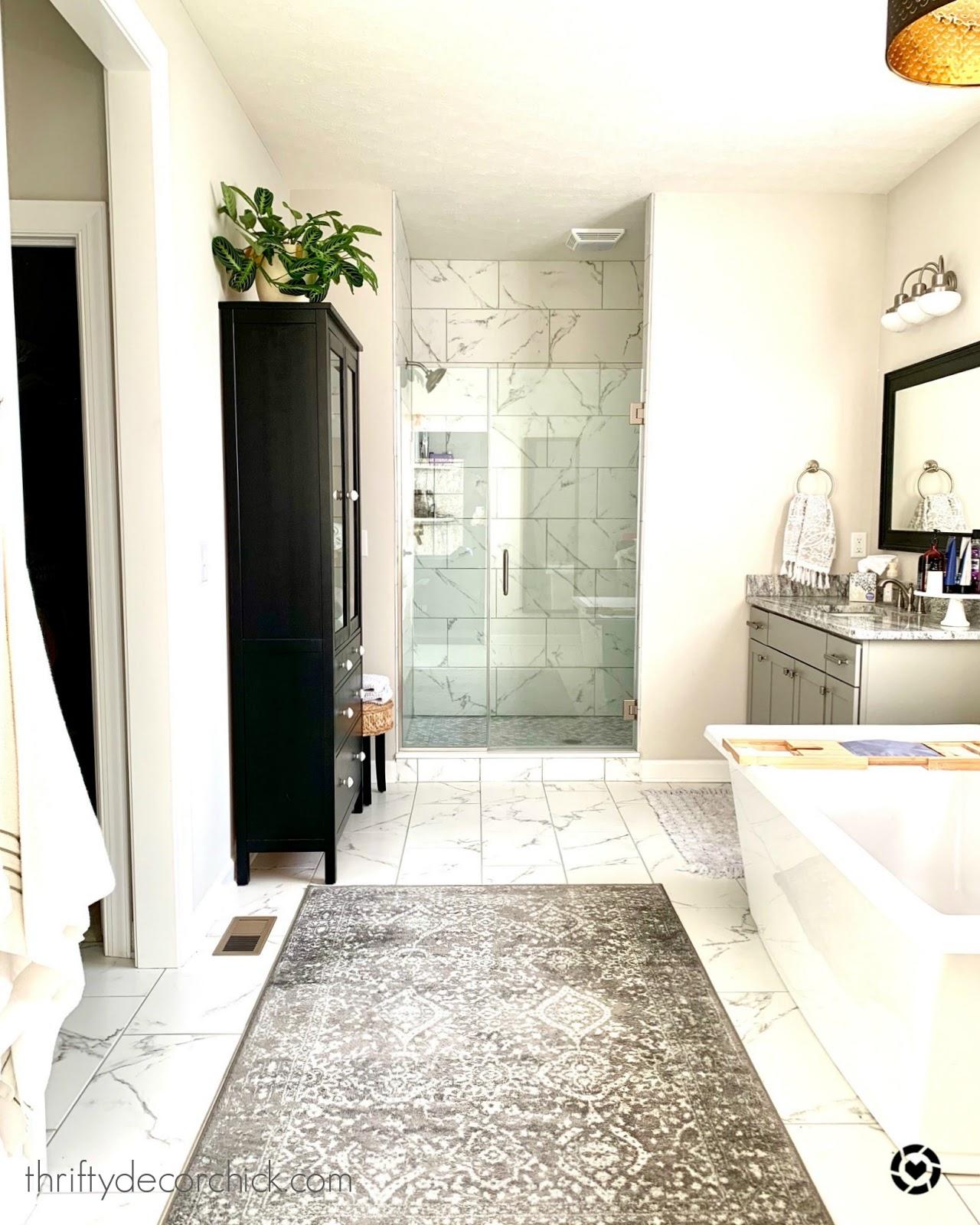 Large shower and soaking tub bathroom