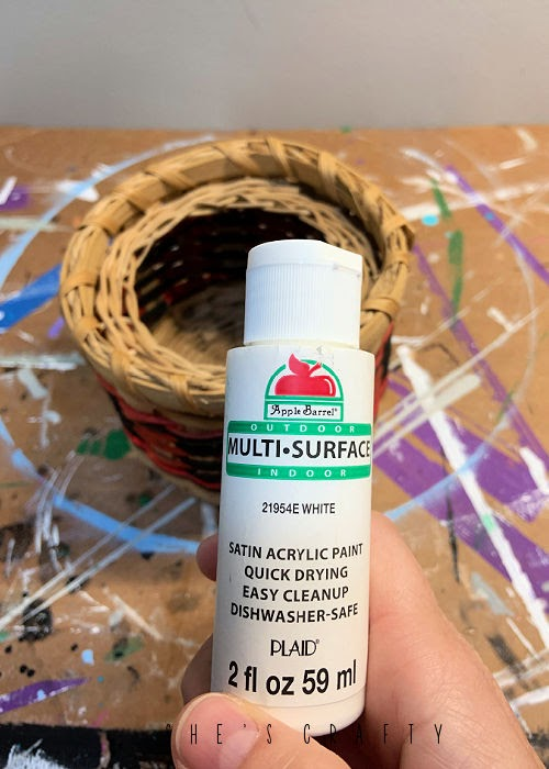 How to update thrift store baskets - paint with Plaid acrylic multi surface paint