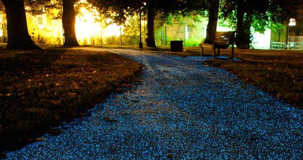 Luminescent Driveway Pebbles
