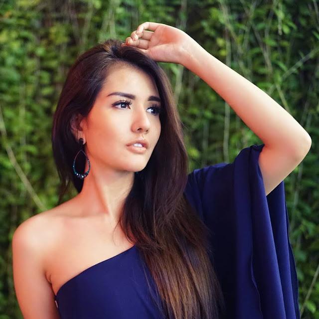 Galeri Foto Model Anggia Chan