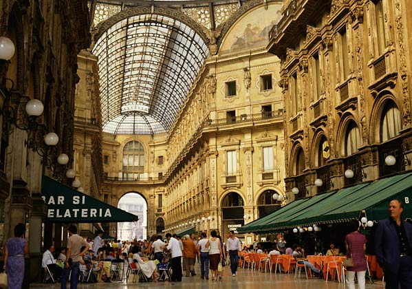 Freya 39 s florence the fabulous dishes of milan for Outlet near milan