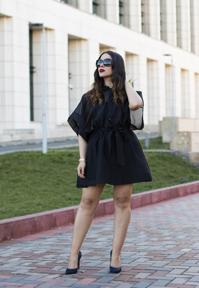 adina nanes all black look