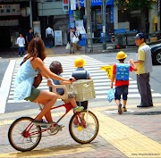 Staying cool while cycling the streets of Tokyo