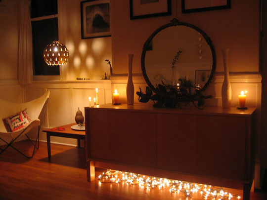 Cool Wallpapers: Christmas Lights In Bedroom
