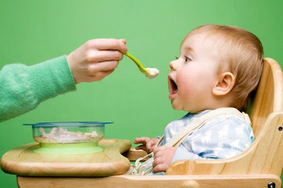 Nên cai sữa cho bé khi nào?