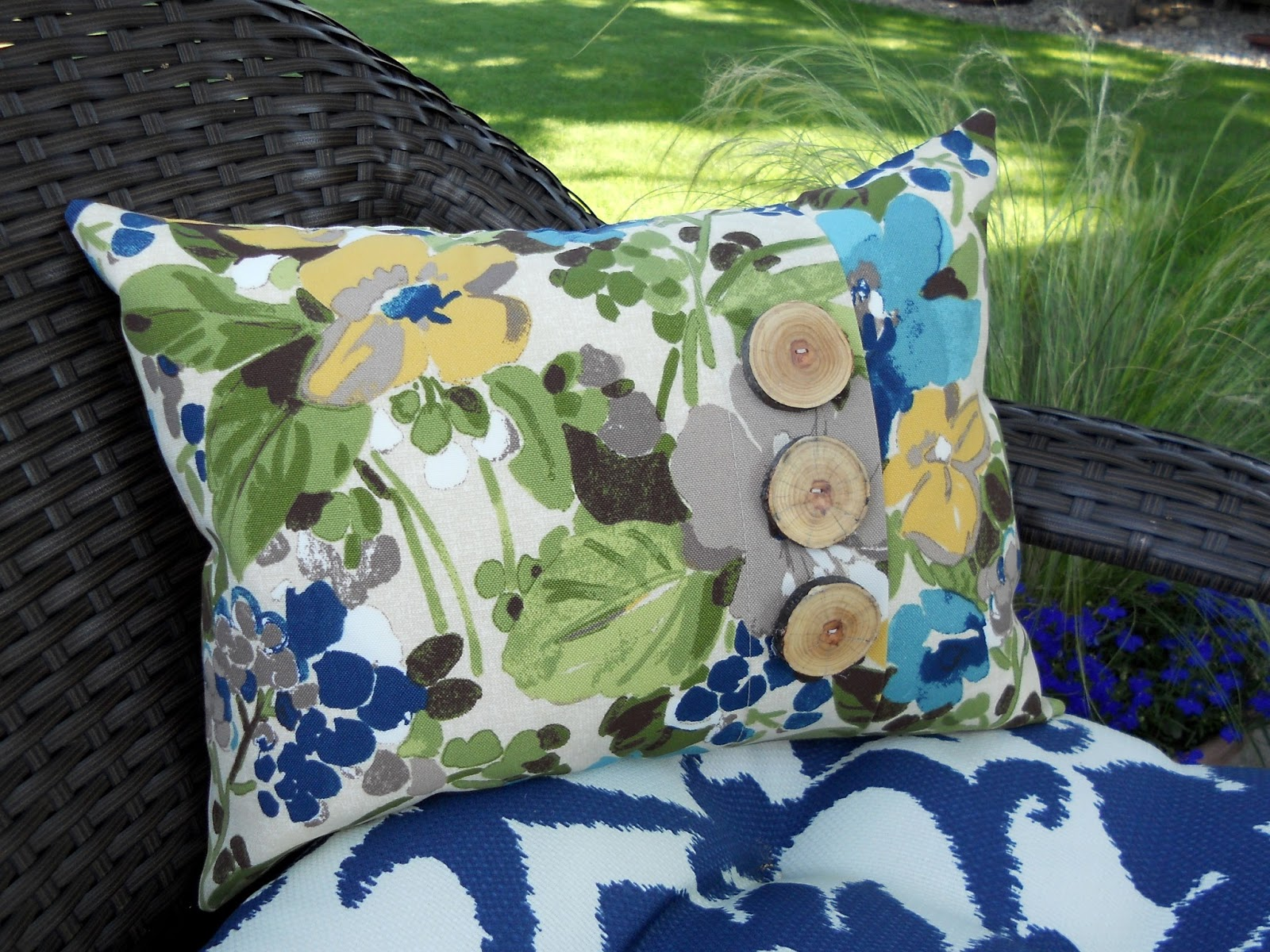 just another hang up new resource for pillow forms