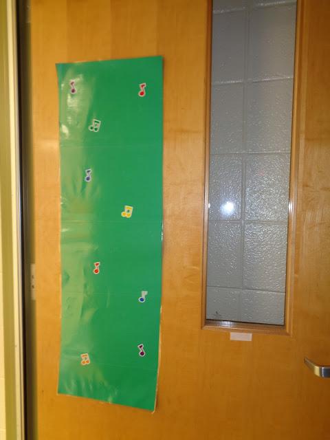 music window covering for door