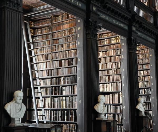 literatura paraibana viagem dublin irlanda biblioteca trinity college livro kells madonna