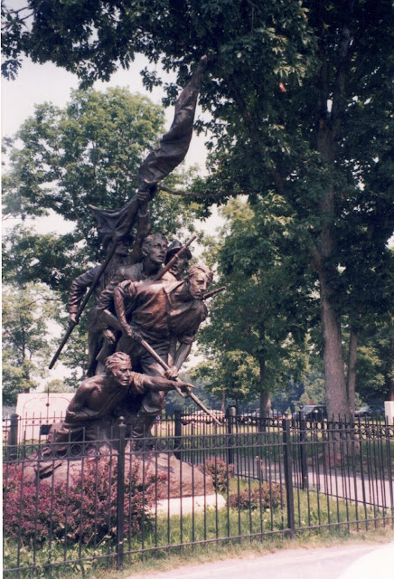 photograph of NC Gettysburg Monument
