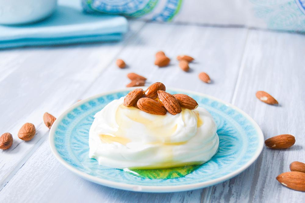 Dessert Joguhrt Honig Nuss