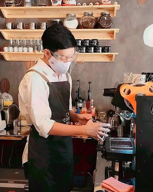 Bisnis Membuat Cafe