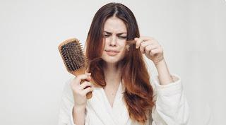 Saç Dökülmesinin Sebepleri ile ilgili aramalar erkeklerde saç dökülmesi nedenleri  saç dökülmesinin nedenleri ve çözümleri  saç dökülmesi nasıl önlenir  saç dökülmesi erkek  aşırı saç dökülmesi kanser belirtisi  aşırı saç dökülmesi hangi hastalığın belirtisi  saç dökülmesi tedavisi  saç dökülmesine bitkisel çözüm