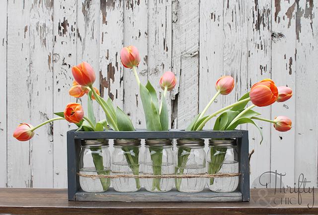 http://www.thriftyandchic.com/2016/05/diy-mason-jar-and-wood-vase-centerpiece.html