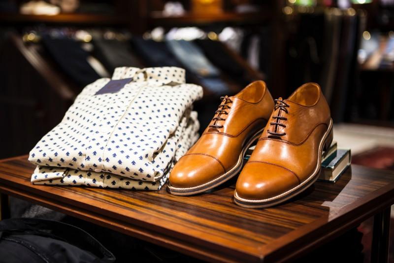 Brown color men's oxford shoes