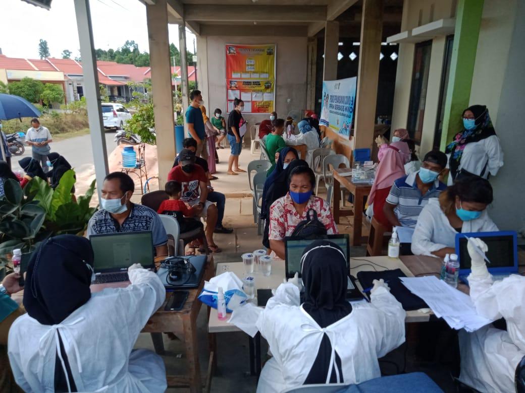Difasilitasi Pemko Batam, Ratusan Warga Perumahan Green Nongsa City Melakukan Vaksinasi Covid-19