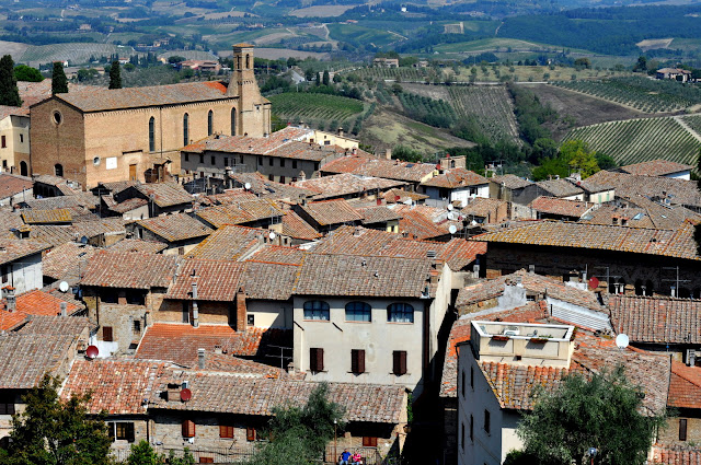 San Gimignano, Italy | Taste As You Go