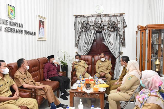 Pererat Silaturahmi, Bupati  Sergai Terima Kunjungan Plt Walikota Tanjung BalaiPererat Silaturahmi, Bupati  Sergai Terima Kunjungan Plt Walikota Tanjung Balai