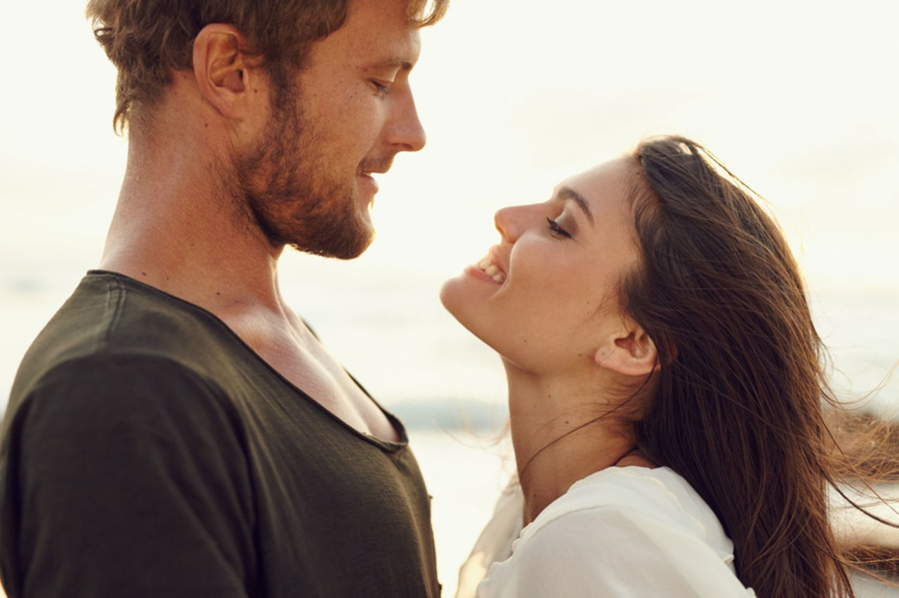 8 Things You Must Do To Keep Your Man
