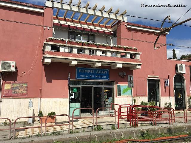 Estación de tren de Pompei Scavi