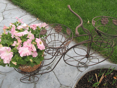 My Frugal Ways this week -Bicycle Plant Holder for just $3.00-Vickie's Kitchen and Garden