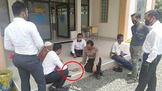 Pria Lempar Batu ke Masjid hingga Kaca Pecah, Polisi Langsung Tangkap dan Periksa Kejiwaan
