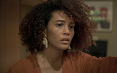 Vitória (Taís Araujo) em cena de Amor de Mãe: advogada sofrerá com estado de saúde da mãe