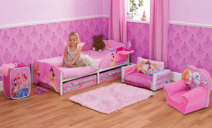 Dormitorios princesas disney dormitorios con estilo for Imagenes de cuartos infantiles decorados