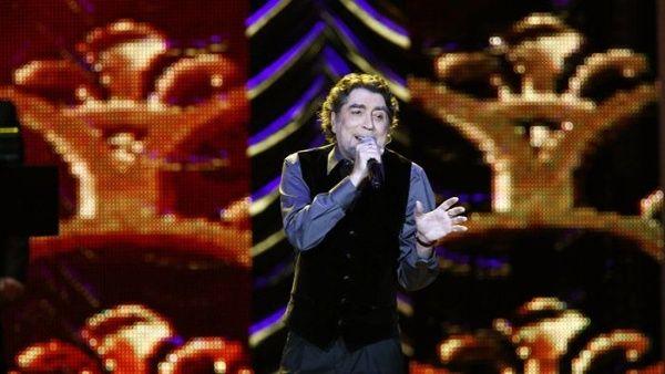 Cantante Joaquín Sabina es operado de un derrame cerebral