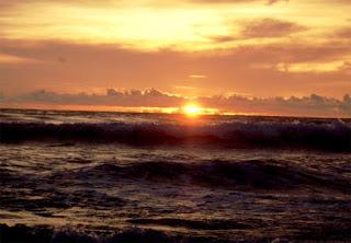 Sunset pantai Indrayanti Gunungkidul