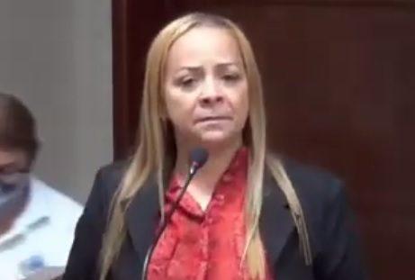"""Vereadora paraibana acusa ex-assessor de chamá-la de """"rapariga"""""""