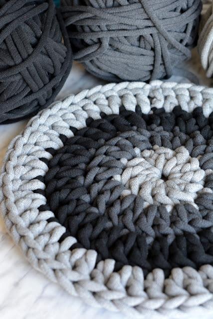 DIY - Szydełkowa podkładka ze sznurka (okrągła).
