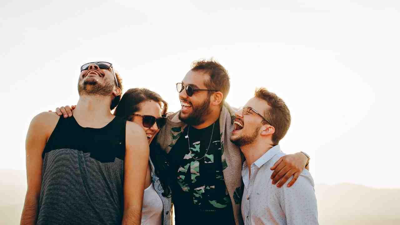 10 Alasan Hebat Mengapa Tersenyum Membuat Kita Lebih Sukses