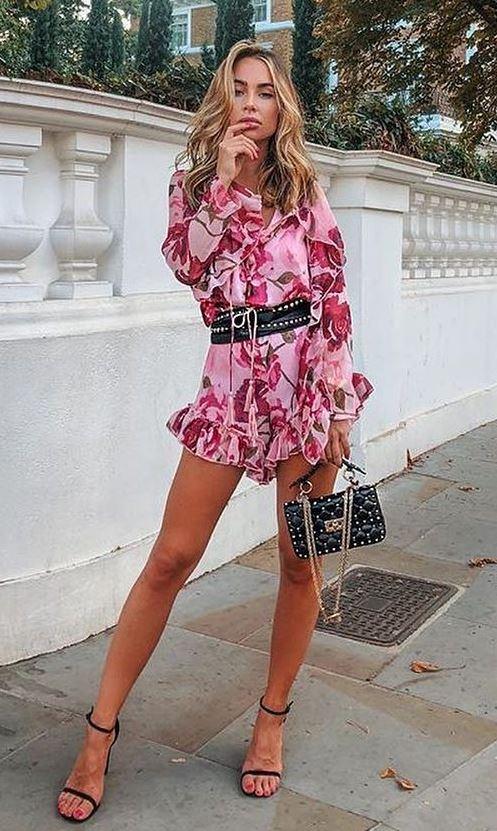 fashion trends / ruffle dress + bag + heels + black wide belt