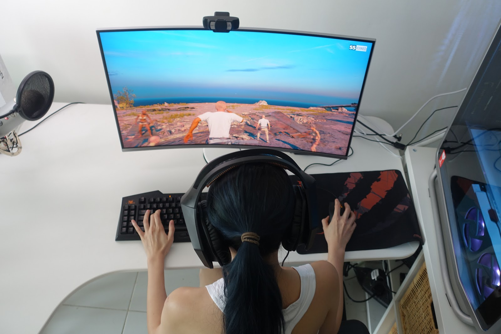 """Config Pubg Hdr 0 7 0: Alicia Tan: My New Samsung 32"""" QLED Curved Gaming Monitor"""