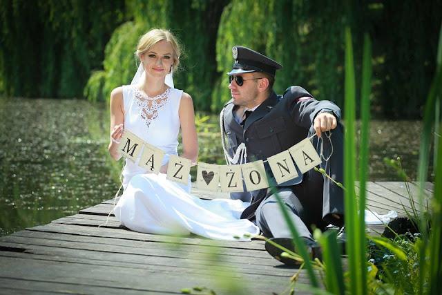 zaproszenia ślubne w szarym stylu