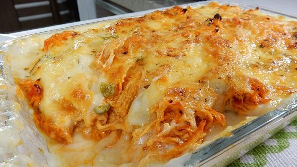 Receita: Batata Gratinada com Frango ao molho branco (Bechamel) - Comida Arretada