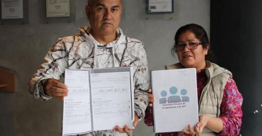 AFP: Exaportantes sin empleo piden devolución de sus fondos de pensiones