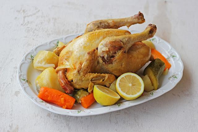 Βραστό κοτόπουλο με λαχανικά