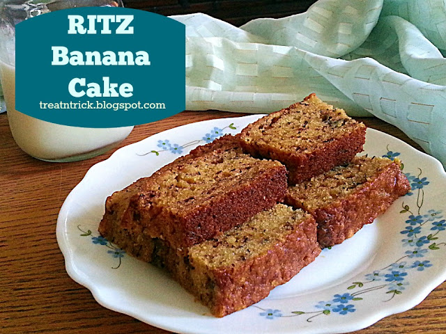 Ritz Banana Cake Recipe @ treatntrick.blogspot.com