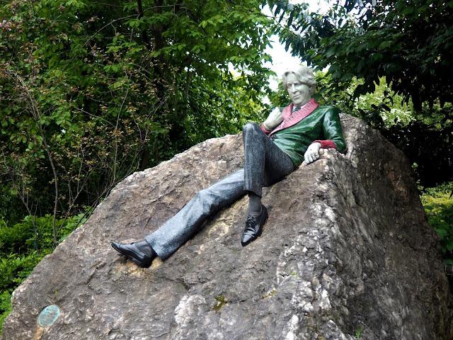 Oscar Wilde statue, Dublin, Ireland