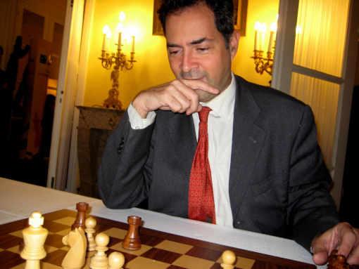 Yves Marek en 2011 à l'Assemblée Nationale - Photo Echecs & Stratégie