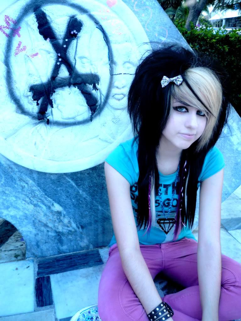 Emo Girl - Fashion Style-2274