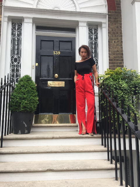 @adrianastyle_stylist, Adriana Style Blog, Blog modowy, Casual Look, dres, Fashion, ivy park tracksuit bottoms, London, london girl, moda, spodniedresowe, Sporty look, Ivy Park
