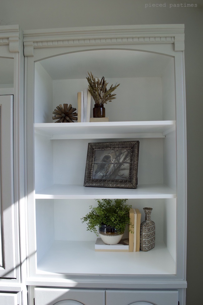Minimalist Fall Shelf Styling, Simple Fall Shelf Styling, Fall Shelfie at Pieced Pastimes